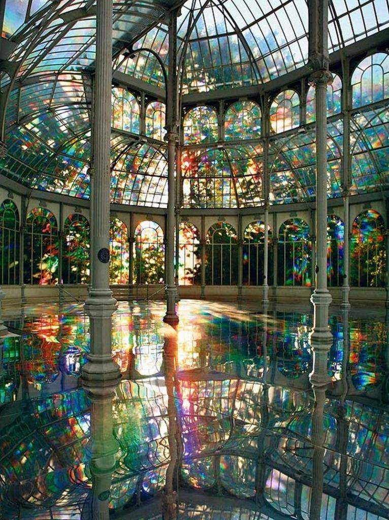http://furkl.com/kimsoojas-room-of-rainbows-crystal-palace-madrid/
