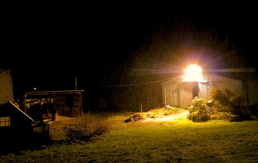 barnyardlight2
