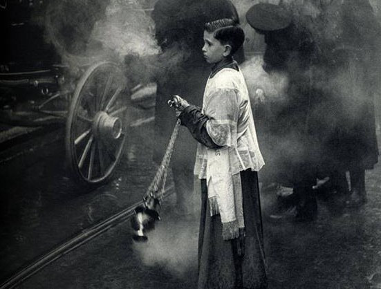altar-boy-incense-street-e1456269442523.jpg